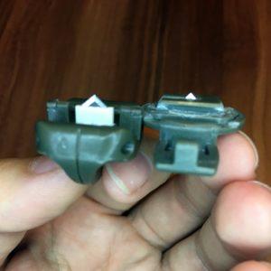 Vergleichsbild alte vs. neue Ersatzklinge für Papierschneider